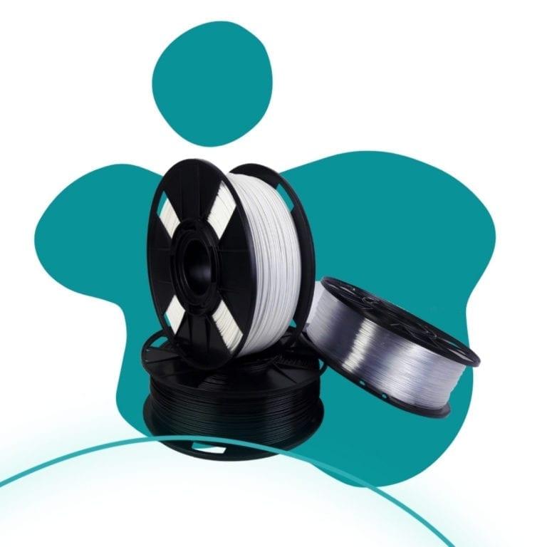 Foto de tres filamentos que vai para os guias de impressão